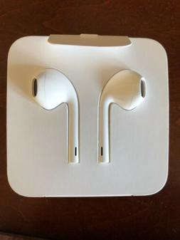 Apple MMTN2AM/A EarPods Earbuds with Lightning Connector for